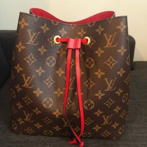 Like new Authentic Louis Vuitton NeoNoe